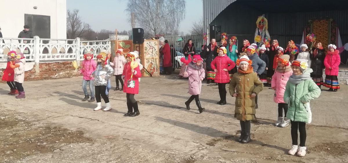 Сегодня 1 марта 2020 года на территории МКУК КДЦ Федосеевский прошли традиционные гулянья «Широкая масленица».
